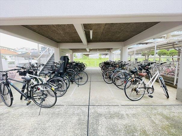 しっかりと整理された駐輪場になります!