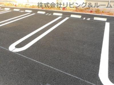 【駐車場】ピボット・Ⅰ棟