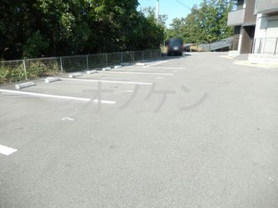 【駐車場】ハートランド