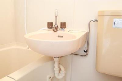 お手入れが簡単な洗面です!