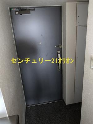 【玄関】ルーブル練馬弐番館(ネリマニバンカン)