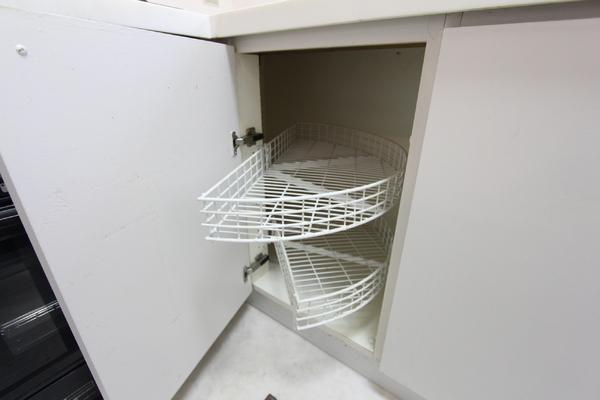 キッチン収納は、暮らしの知恵を感じられ感動しました!