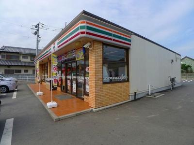 セブンイレブン太田市古戸町店まで1300m