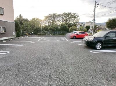 【駐車場】パルテール・ドゥー
