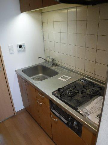 システムキッチンで、お料理の幅も広がります