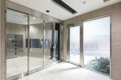 【ロビー】三茶 築浅 駅近駅徒歩1分 独立洗面台 浴室乾燥機