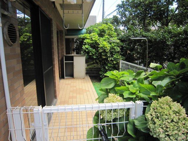 101号室のお庭
