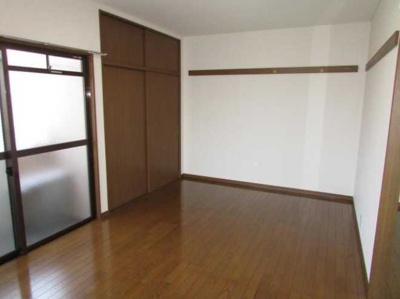 【寝室】ローズマリー オートロック バストイレ別 室内洗濯機置場