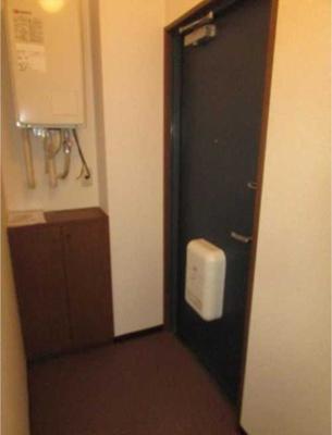 【玄関】ローズマリー オートロック バストイレ別 室内洗濯機置場