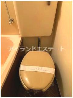 【トイレ】クレッセント三軒茶屋 南向き 学生おすすめ 光ファイバー 建物改修工事済