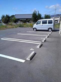 【駐車場】レスタンノール