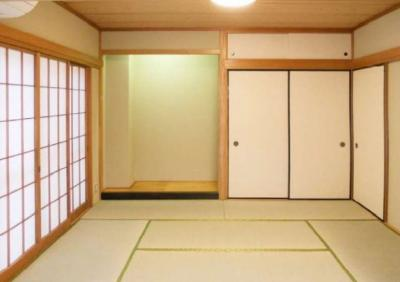【和室】ロイヤルパレス(緑4)