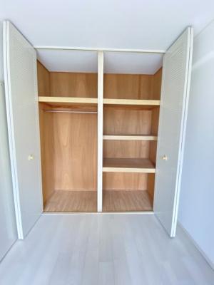 収納も広く部屋を片付けやすいですね。