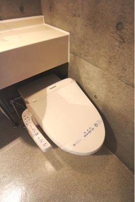 【トイレ】アルシェ ドゥ デザイナーズ 浴室乾燥機 オートロック