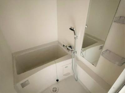 【浴室】アドバンス大阪バレンシア