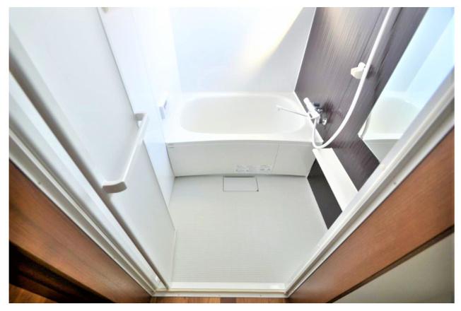【浴室】稲城市矢野口の一棟売りアパート