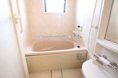 【浴室】三先1丁目貸家