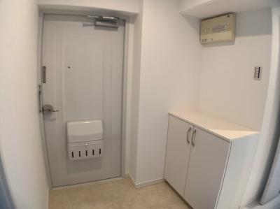 ゆったりとした清潔感のある玄関です。
