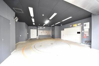 【駐車場】ブックローン神戸ビル