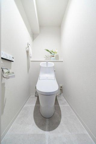 目白武蔵野マンション:ウォシュレット機能付きトイレです!