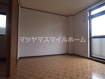【居間・リビング】コンフォート岸和田
