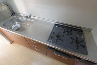 【キッチン】メゾネット池部D