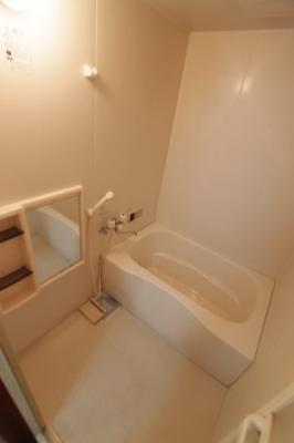 【浴室】メゾネット池部D
