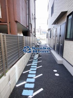 【駐車場】Bonvoyage 204号室