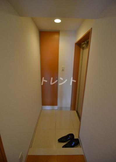 【玄関】アペルト西新宿