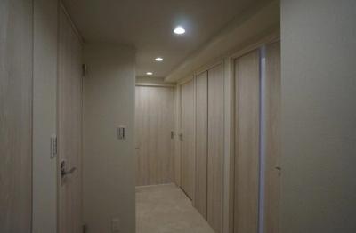 クレッセント麻布Ⅱの廊下です。