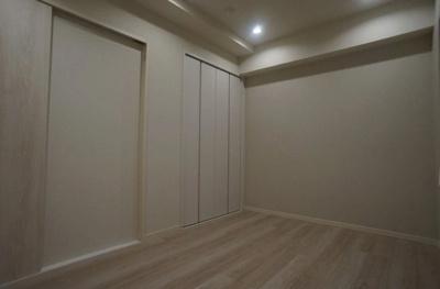 クレッセント麻布Ⅱの洋室です。