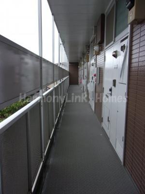 レオパレスサンボーンの廊下☆
