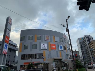 色々な商業施設のあるビルです。