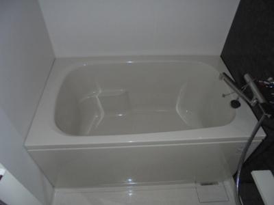 【浴室】カルマート