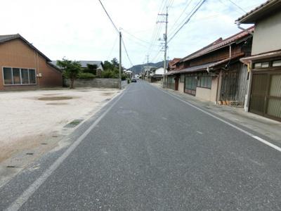 【前面道路含む現地写真】境港市中野町 売地