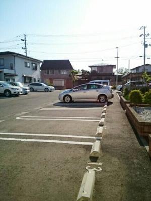 【駐車場】ブライト・スクエアC