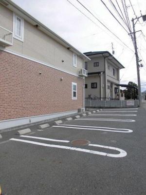 【駐車場】ブリッサ・ハウス