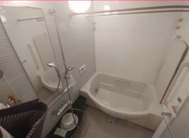日々の疲れを癒すお風呂付き~浴室乾燥機・追い焚き機能付き