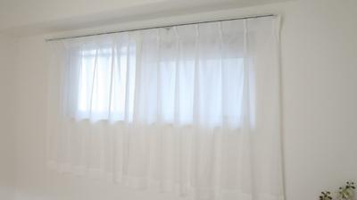窓からの快適な光は目覚めも快適
