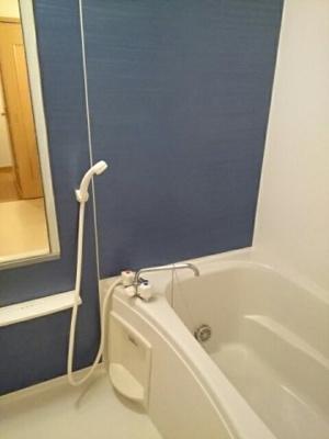 【浴室】サンリット・ヴィラ