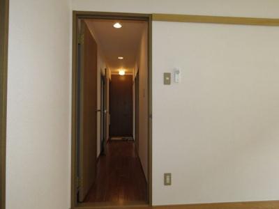 洋室3から廊下