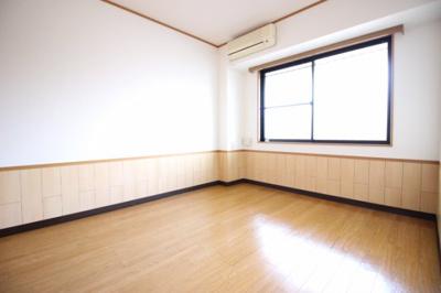 寝室にぴったりのお部屋です