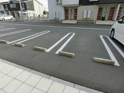 【駐車場】ベルカーナ竹