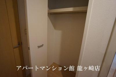 【玄関】ヴィラフォレストD
