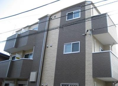 相鉄線「上星川」駅より徒歩圏内のアパートです。