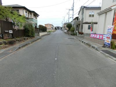 【前面道路含む現地写真】土浦市中3期 新築戸建 1号棟