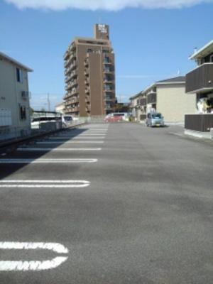【駐車場】ウェルズ ライフA