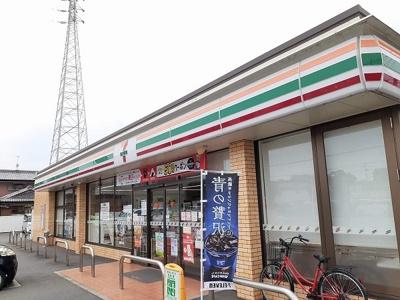 セブンイレブン鈴鹿桜島5丁目店まで407m