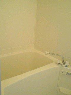 【浴室】ジャン・セリューB