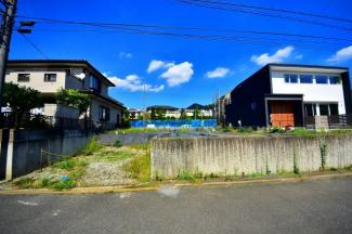 【前面道路含む現地写真】小田急小田原線「鶴川」駅 条件なし売地